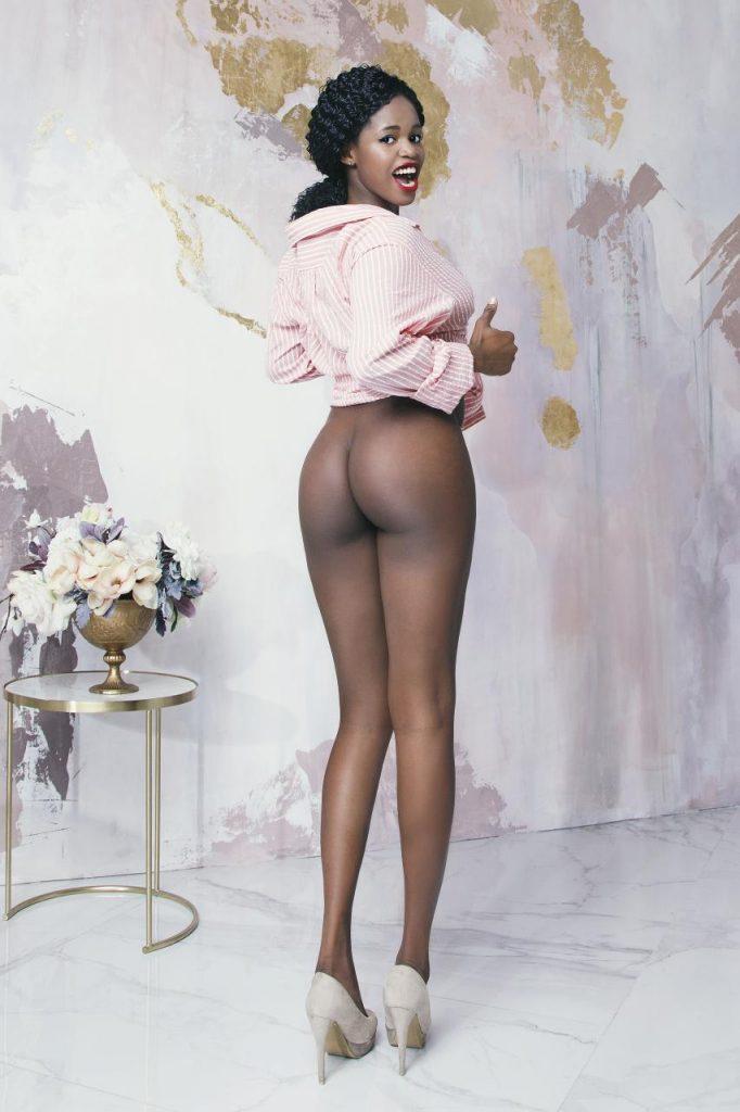 Фото проститутки СПб по имени Вивьен +7(921)314-95-65